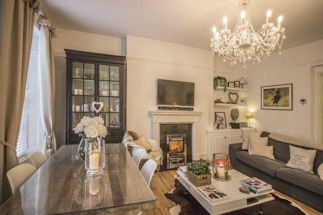 ... Living Room 2 Of Leazes Terrace, Newcastle Upon Tyne NE1 ...
