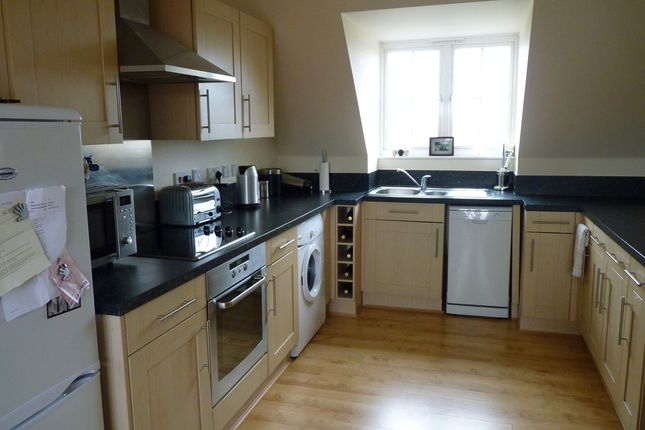 Thumbnail Flat to rent in Weetmans Drive, Colchester