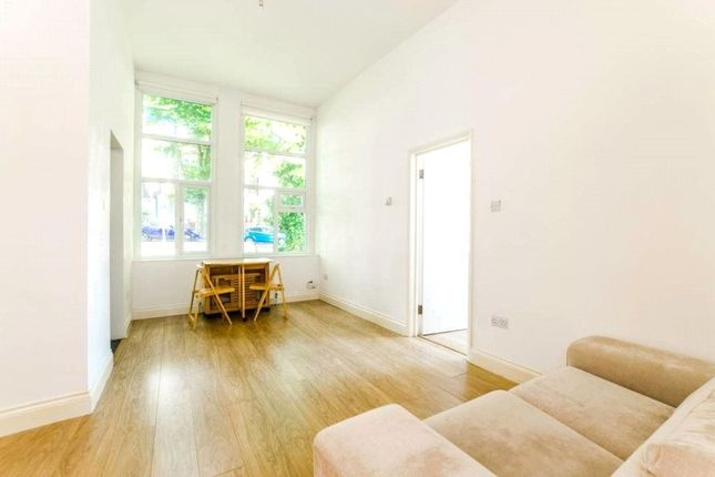Thumbnail Flat to rent in Mountview Road, Crouch End