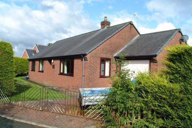 Thumbnail Bungalow to rent in 1, Closyr Efail, Trefeglwys, Caersws, Powys