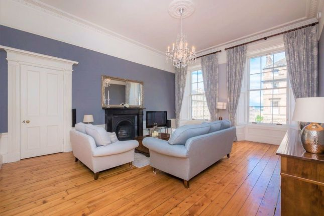 Thumbnail Flat to rent in Great King Street, New Town