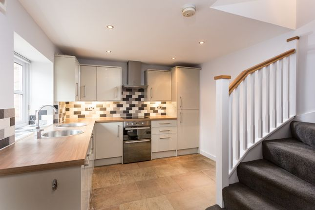 Thumbnail Cottage for sale in High Street, Boroughbridge, York