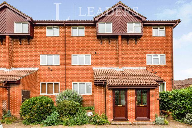 Thumbnail Maisonette to rent in Berwick Way, Sevenoaks