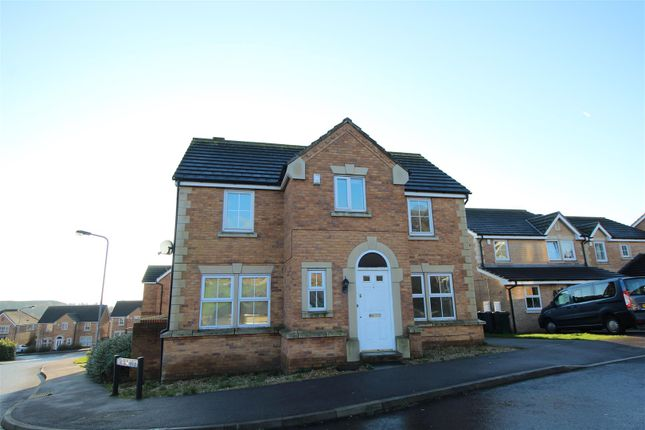Thumbnail Detached house to rent in Broadwell Drive, Shipley