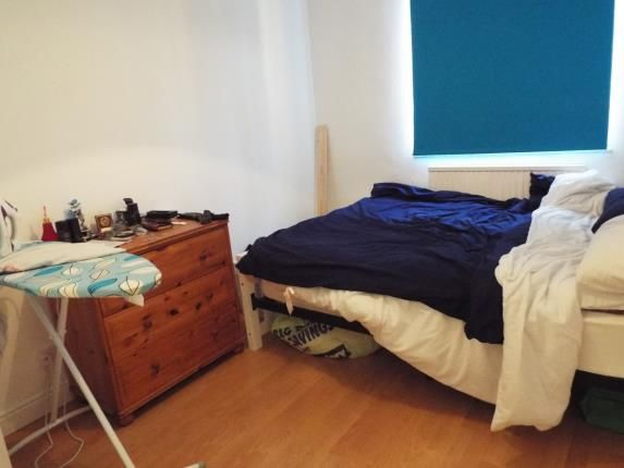 definition of bedroom glendevon place whitefield manchester m45 3 bedroom 11401