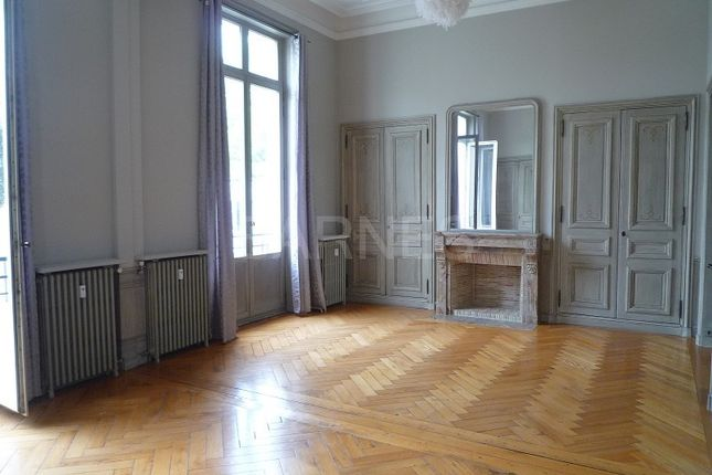 Apartment for sale in Lille