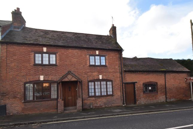 Thumbnail Cottage for sale in Droitwich Road, Feckenham, Redditch