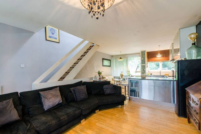 Thumbnail Property for sale in St James's Crescent, Brixton