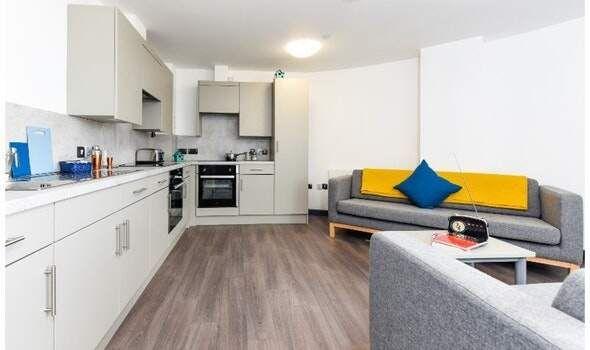 Thumbnail Studio to rent in 41-45 Queen Street, Belfast