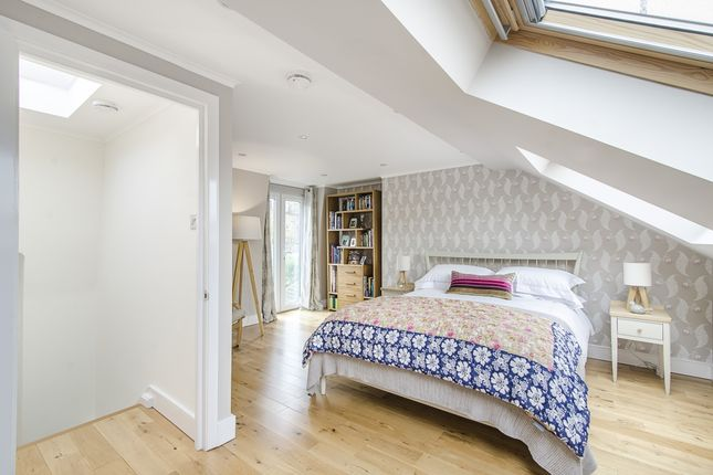 Thumbnail Terraced house to rent in Harbut Road, London