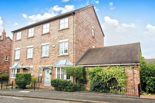 Thumbnail Semi-detached house for sale in Dickens Heath Road, Shirley, Solihull