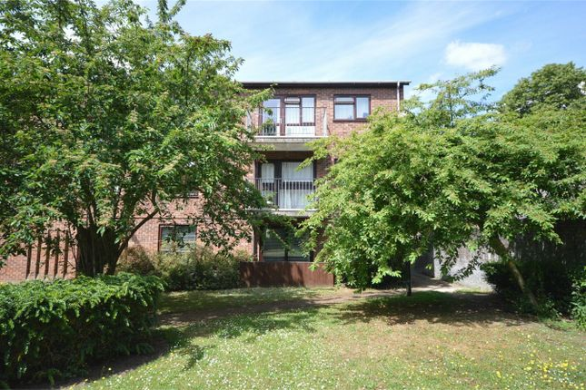 2 bed flat for sale in Mousehold Street, Norwich