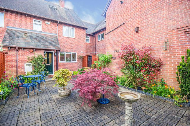 Thumbnail Semi-detached house for sale in Rugby Road, Leamington Spa