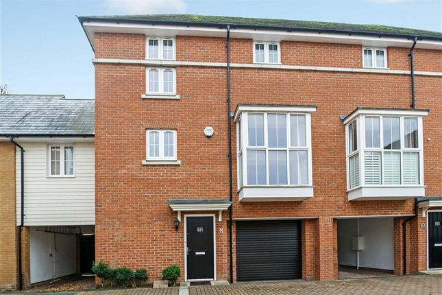 Thumbnail Terraced house for sale in Ashmeads, Chelmsford, Essex