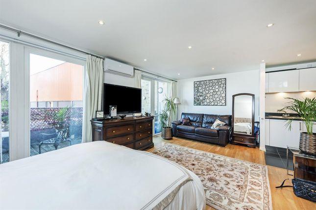 Studio To Rent In Viridian Apartments 75 Battersea Park Road Nine Elms London