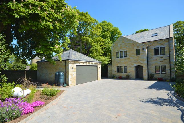 Thumbnail Detached house for sale in Slead Avenue, Brighouse