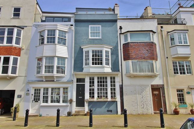 Thumbnail Terraced house for sale in Bath Square, Portsmouth