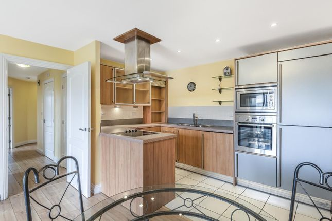 Kitchen of Luscinia View, Napier Road, Reading RG1