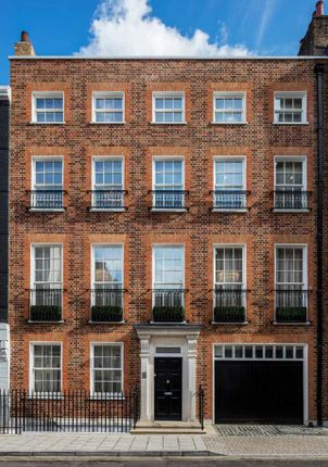 Thumbnail Terraced house for sale in South Street, Mayfair