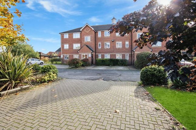 Thumbnail 1 bed flat for sale in Danbury Crescent, South Ockendon