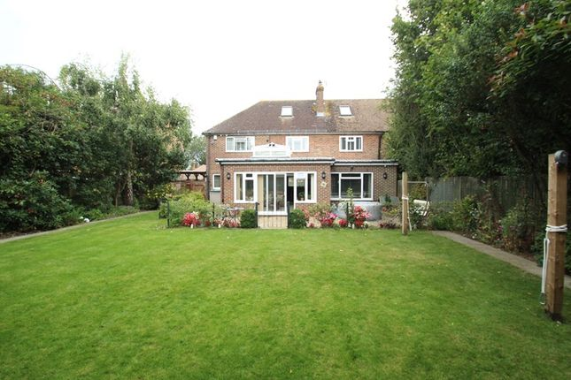 Picture No. 17 of Crewes Avenue, Warlingham, Surrey CR6