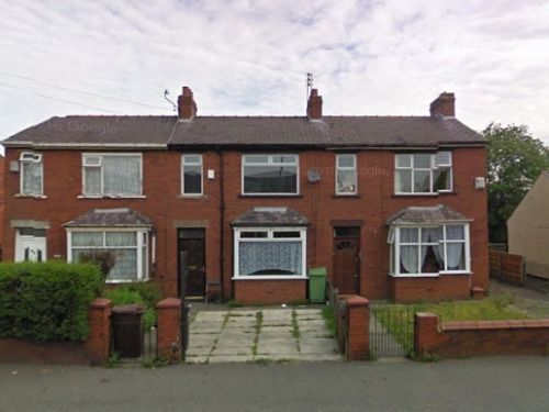 Thumbnail Terraced house to rent in Nel Pan Lane, Leigh