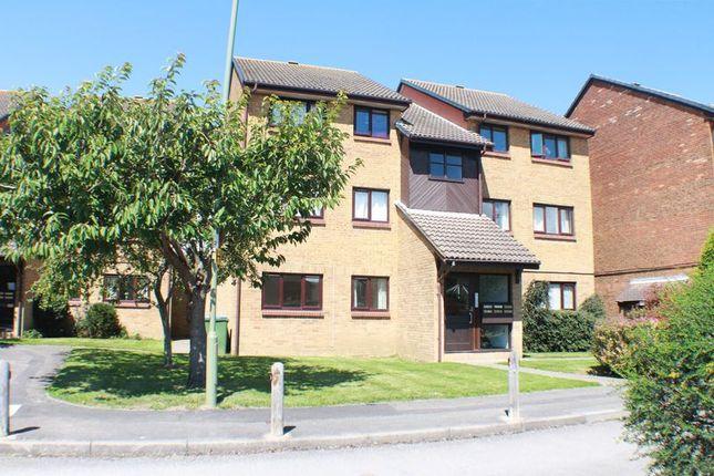 Thumbnail Flat for sale in Celandine Avenue, Locks Heath, Southampton