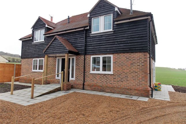 Thumbnail Detached house for sale in Upper Street, Hollingbourne