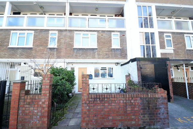 Thumbnail Maisonette to rent in Ellsworth Street, London