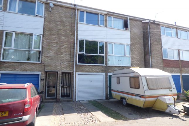 Thumbnail Maisonette for sale in Aberdare Court, Norwich