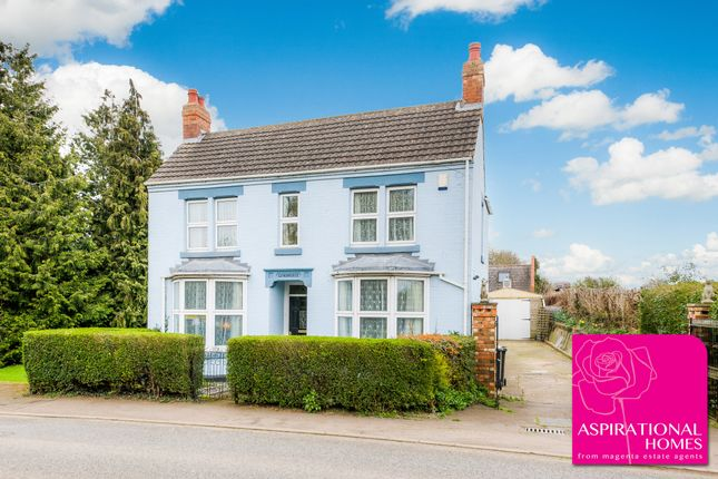 Thumbnail Detached house for sale in London Road, Raunds