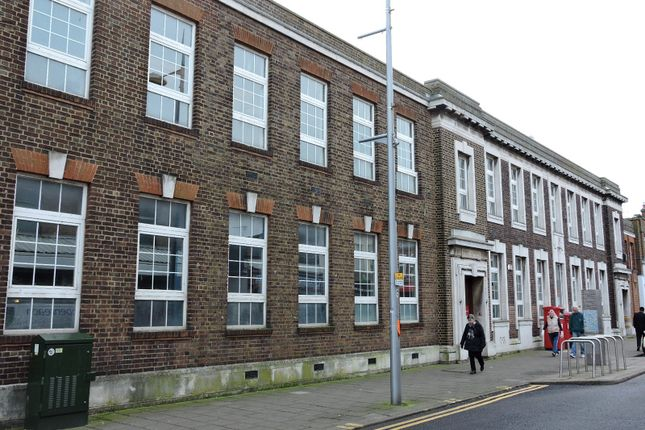 Retail premises to let in High Street, Clacton - On - Sea