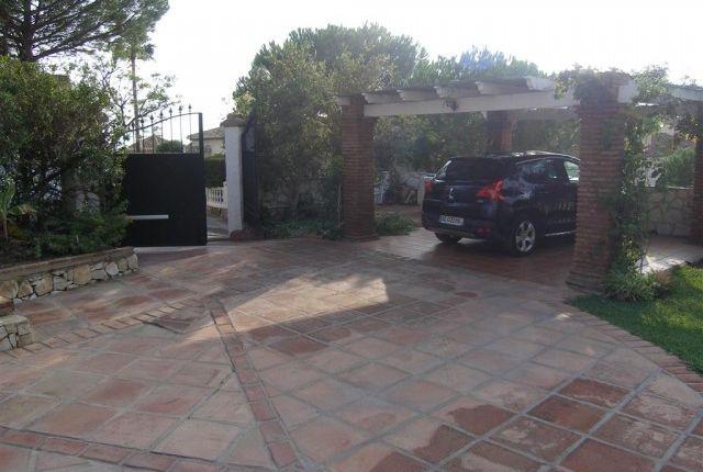 1 (2) Carport of Spain, Málaga, Mijas