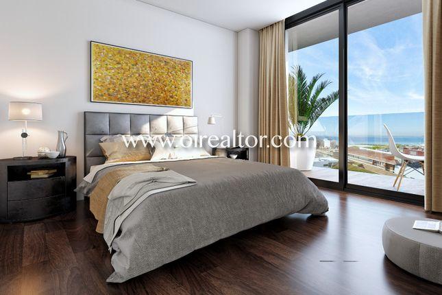 Thumbnail Apartment for sale in Montgat, Montgat, Spain