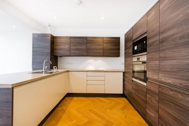 Thumbnail Terraced house to rent in Chancellor Grove, London