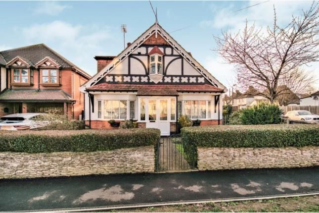 Thumbnail Detached house for sale in Rayleigh Road, Hadleigh, Benfleet
