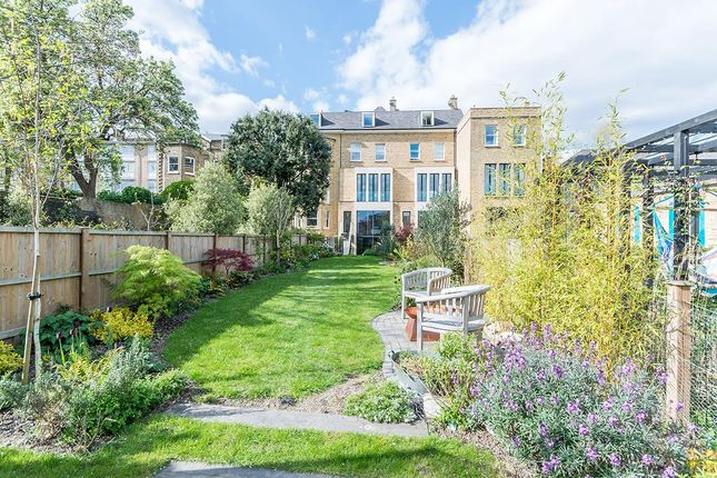 Thumbnail Property for sale in Grove Park, London
