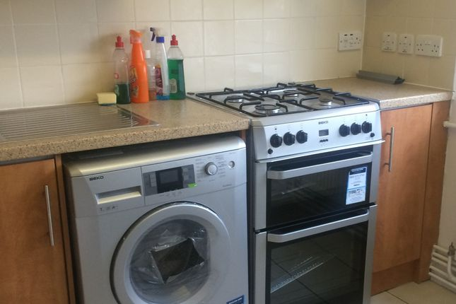 Thumbnail Flat to rent in Jodrell Road, Bow