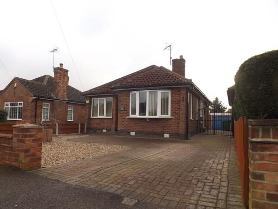 Thumbnail Bungalow for sale in Bradbourne Avenue, Wilford, Nottingham