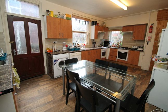Thumbnail Terraced house to rent in All Bills Included, Bainbrigge Road, Headingley