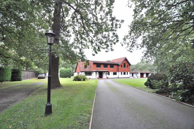 Thumbnail Detached house for sale in Cocksure Lane, Sidcup