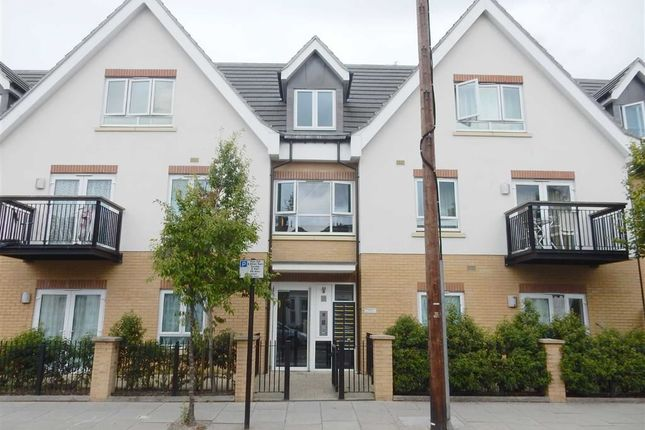 1 bed flat for sale in Featherston Road, Southall