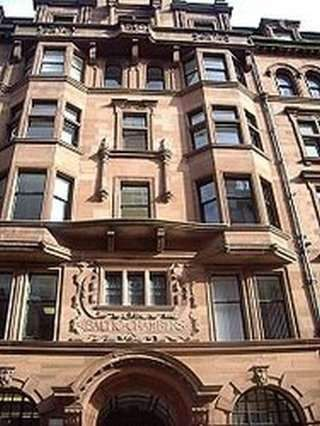 Serviced office to let in Wellington Street, Glasgow