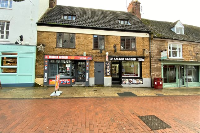 Thumbnail Flat for sale in Sheaf Street, Daventry