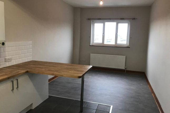 Thumbnail Flat to rent in 18 Snape Drive, Lowestoft