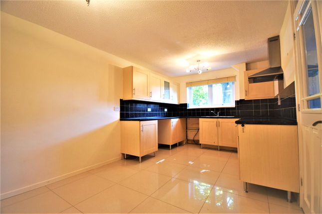 Thumbnail Terraced house to rent in Lullingstone Avenue, Swanley, Kent