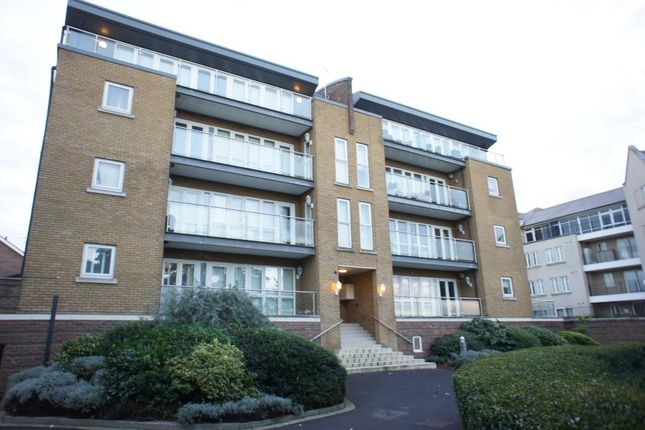 Thumbnail Flat to rent in Lightermans Way, Greenhithe, Kent
