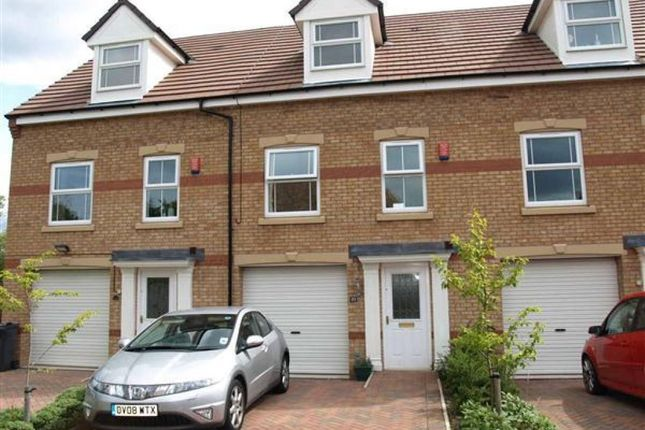 Thumbnail Terraced house to rent in 23 Hall Bank, Barnsley, Barnsley