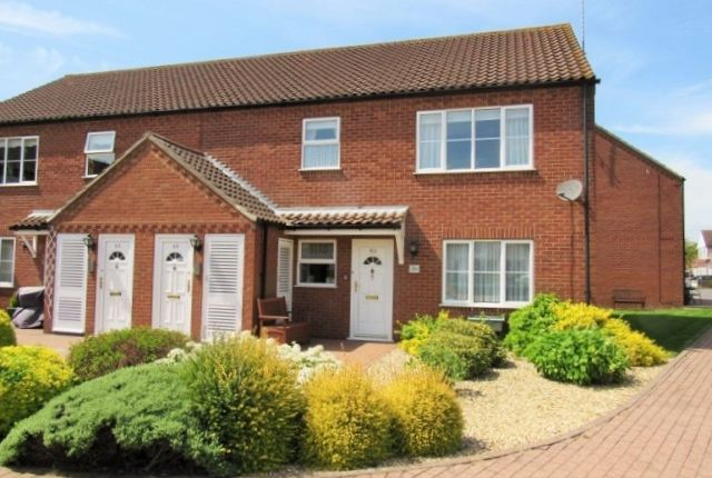 Thumbnail Flat to rent in Sutton Court, Skegness