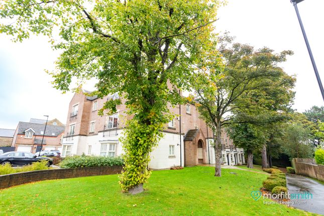 Thumbnail 2 bed flat to rent in The Spinney, Dore